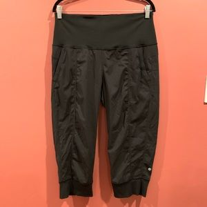 Lululemon Black Capris